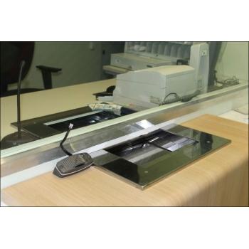 Бронированное стекло с лотком